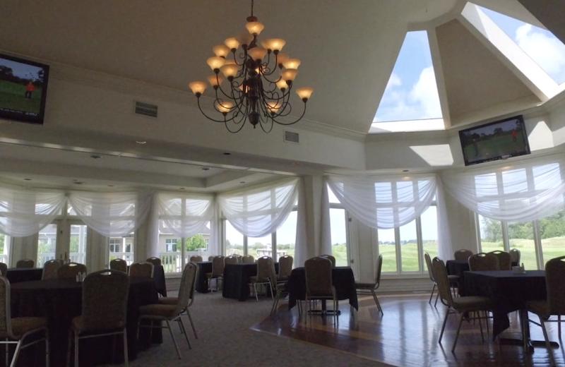 Dining room at Sawmill Creek Golf Resort & Spa.