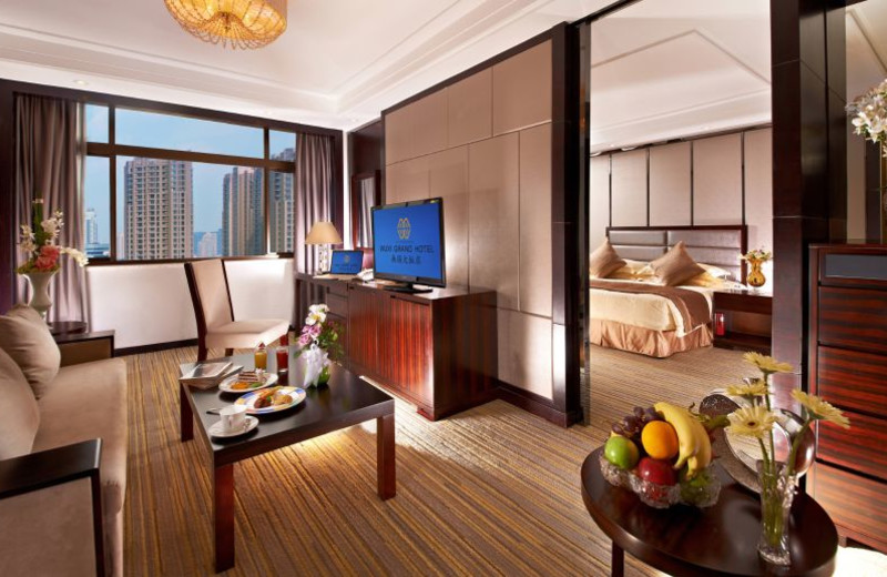 Guest room at Pan Pacific Wuxi Grand Hotel Wuxi.