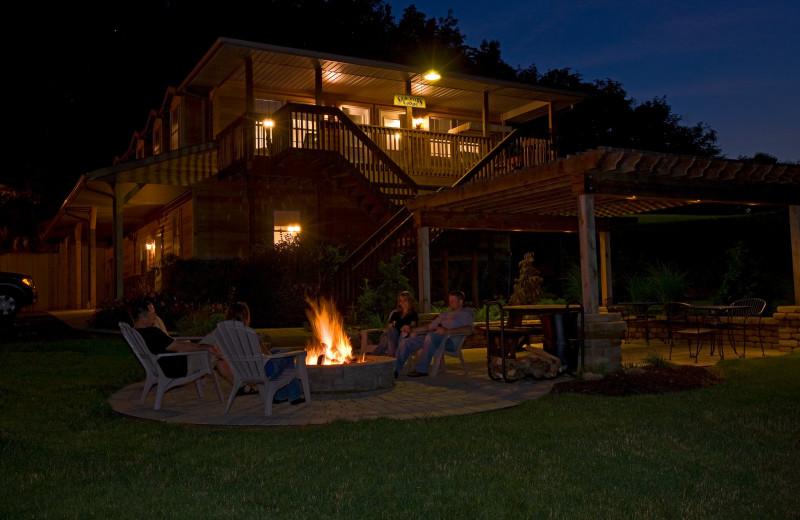 Patio at Sojourner's Lodge & Log Cabin Suites.
