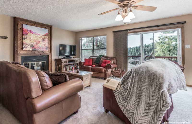 Rental living room at Vacation Rental Pros - Ruidoso.