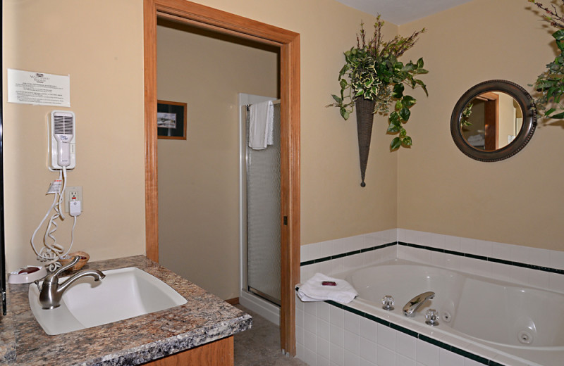 Guest bathroom at Westwood Shores Waterfront Resort.