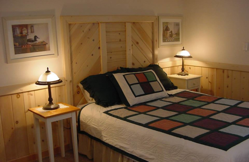 Guest bedroom at Spring Hill on Rainbow Lake.
