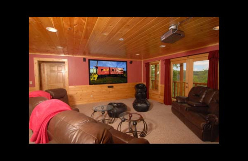 Cabin living room at Eden Crest Vacation Rentals, Inc. - Peek-A-View Cabin.