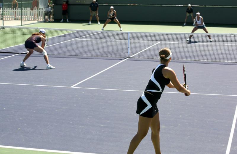 Tennis court at The Ridge Resorts.
