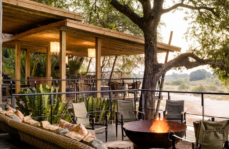 Patio at Singita Ebony Lodge.