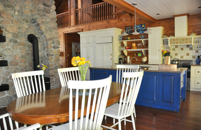 Rental kitchen at Cottage Vacations.