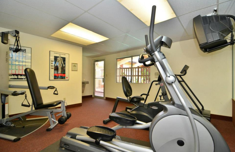 Fitness center at Best Western Coral Hills.
