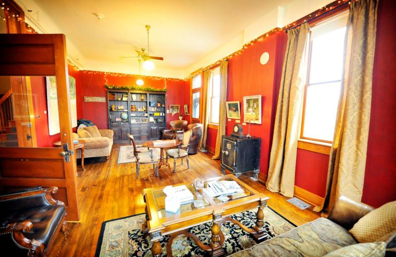 Living room at Balch Hotel.