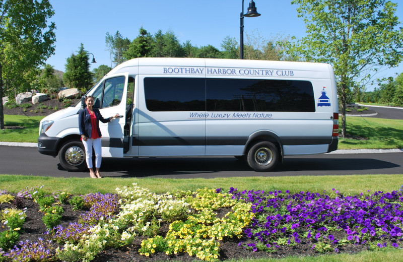 Shuttle bus at Boothbay Harbor Country Club.