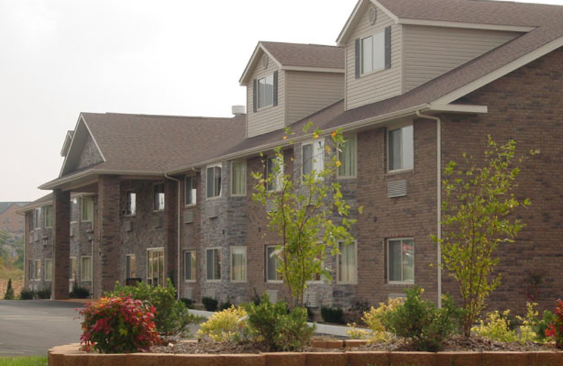 Exterior view of Home Towne Suites.