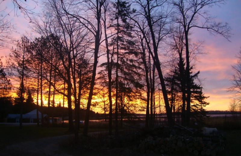 Sunset at Anchor Inn Resort.