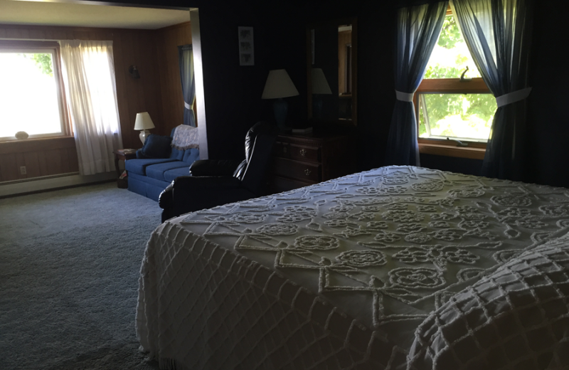 Guest room at Vineyard Bed & Breakfast.
