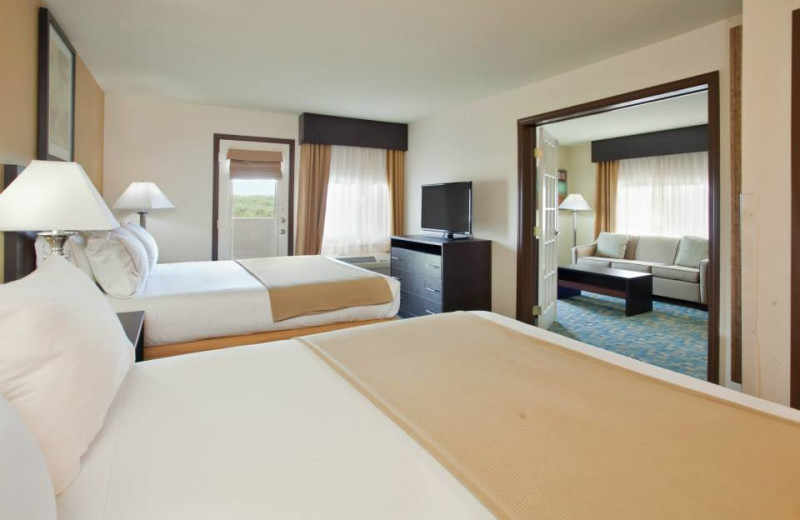 Family suite at Branson 76 Central Holiday Inn Express.