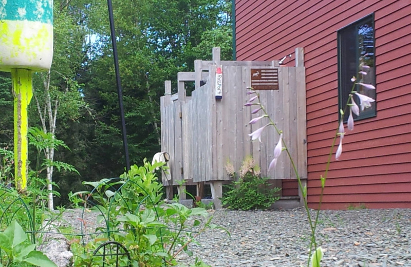 Cabin exterior at Rossport Lodging & Retreat.