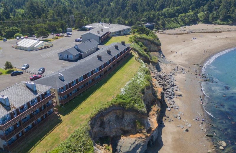 Aerial view of Surfrider Resort.