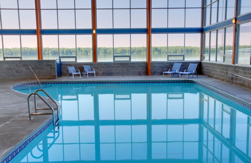 Indoor Pool at Four Points by Sheraton Niagara Falls