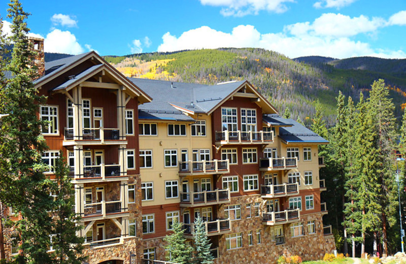 Exterior view of SummitCove.
