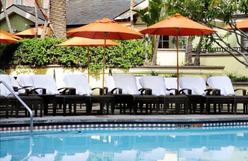 Outdoor pool at Fairmont Miramar Hotel & Bungalows.