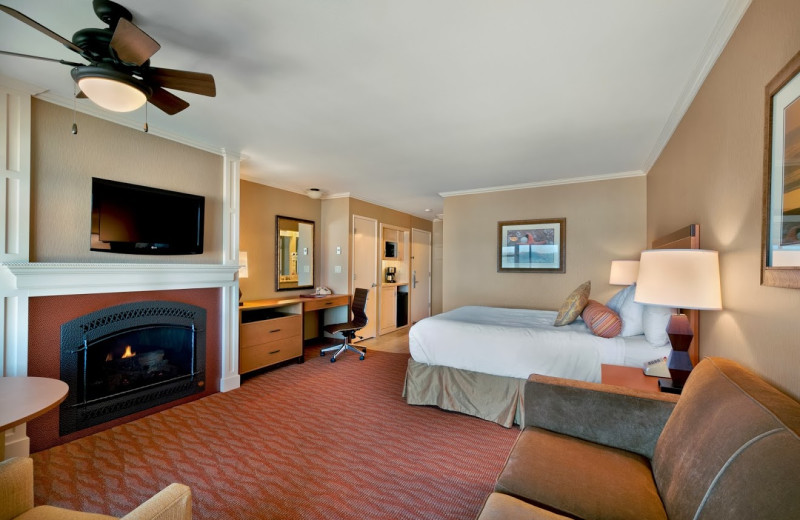 Guest room with fireplace at Hallmark Resort in Cannon Beach.
