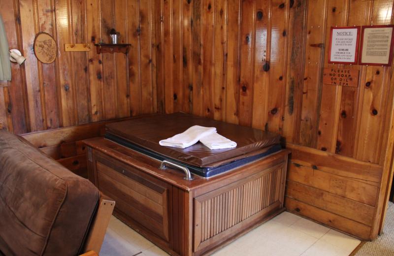 Cabin jacuzzi at Hidden Rest Resort.