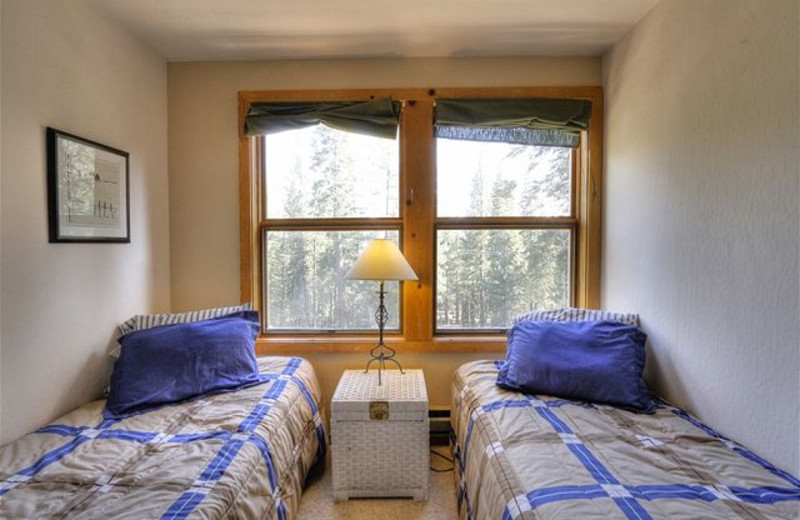 Twin beds at Tahoe Signature Properties