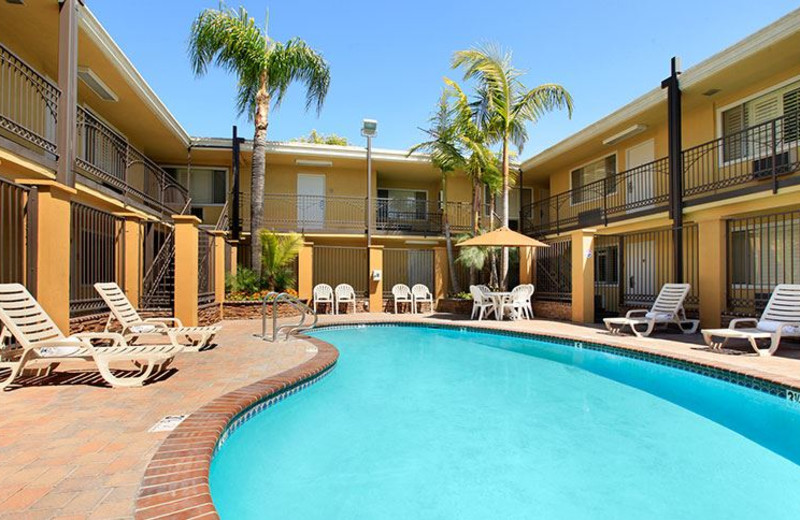 Swimming Pool at Del Sol Inn