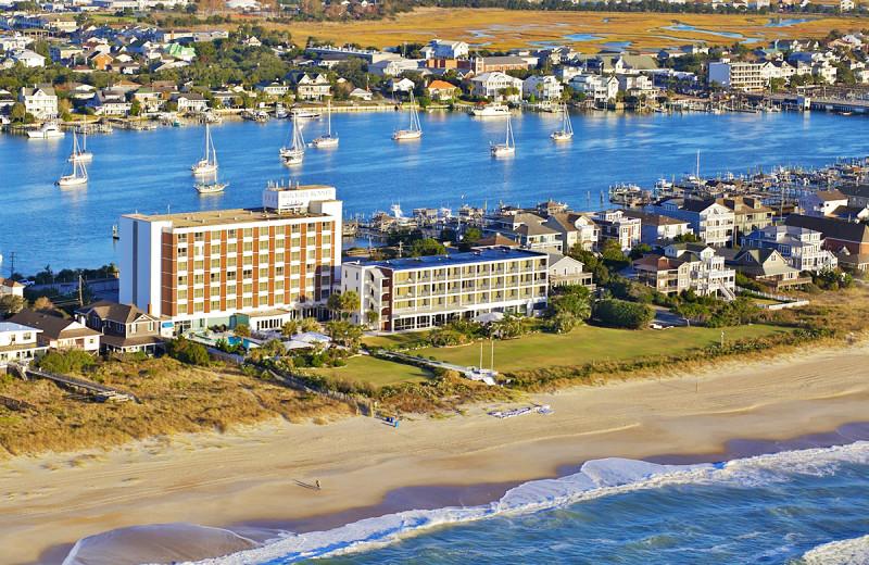 Blockade Runner Beach Resort