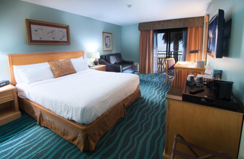 Guest room at Ocean Park Inn.