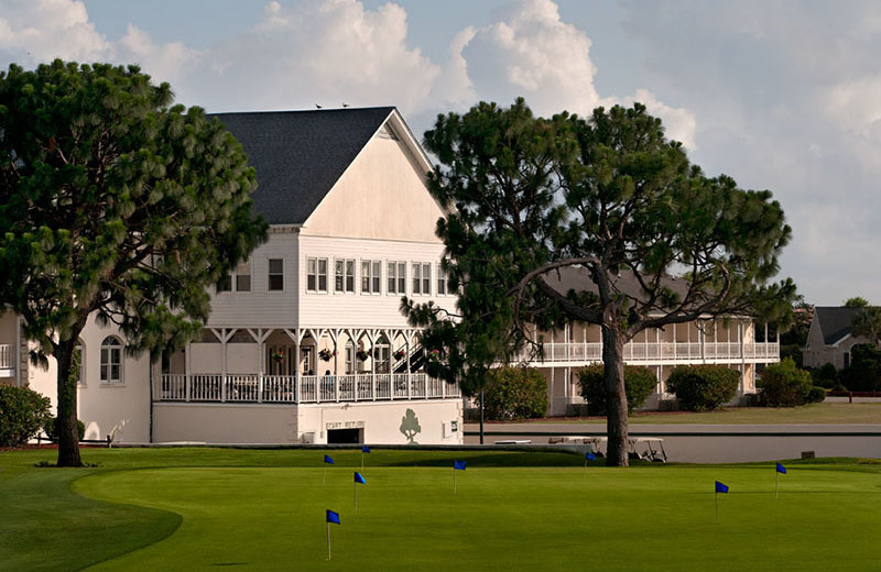 Exterior view of Beau Rivage Golf & Resort.