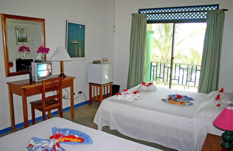 Guest room at Aparthotel Mirador de Samara.