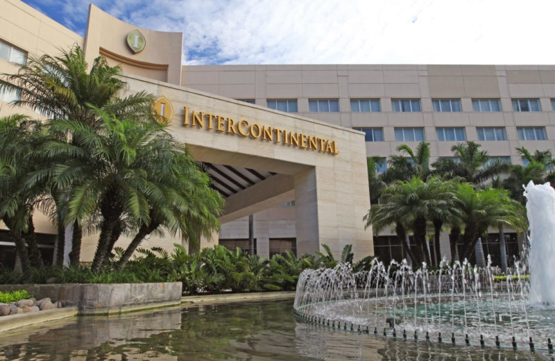 Exterior view of Camino Real Inter-Continental.