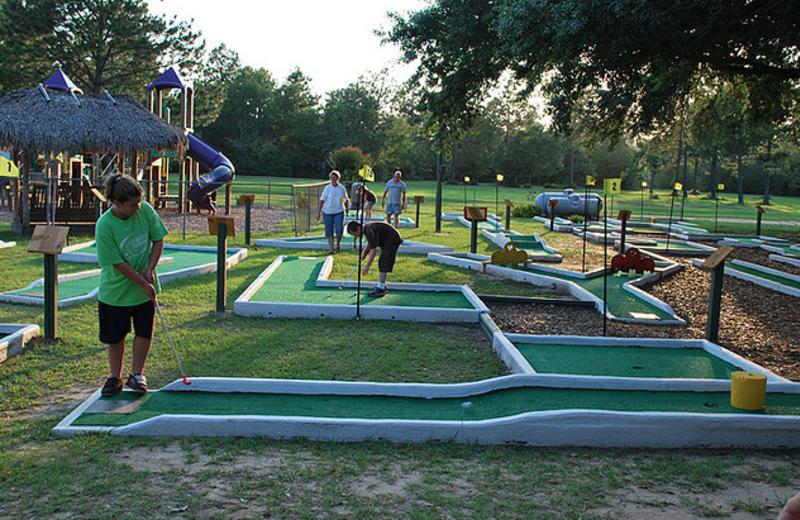Mini golf at Gulf Pines RV Park.