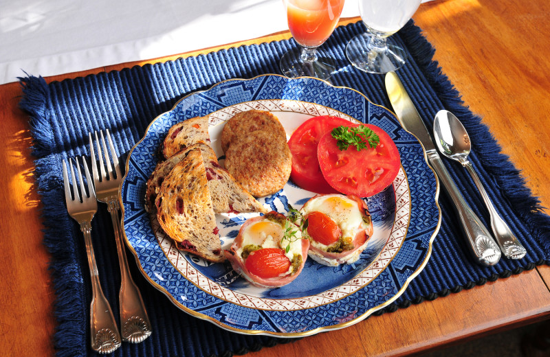 Breakfast at 1795 Acorn Inn Bed and Breakfast.