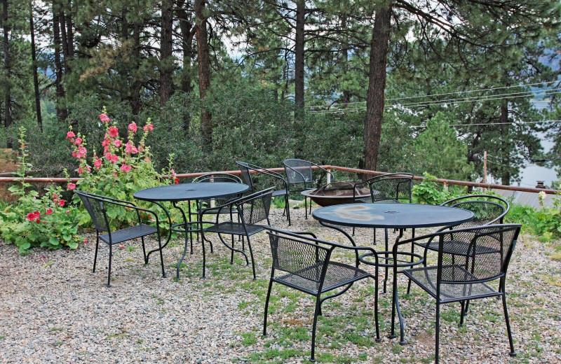 Cabin patio at Pine River Lodge.