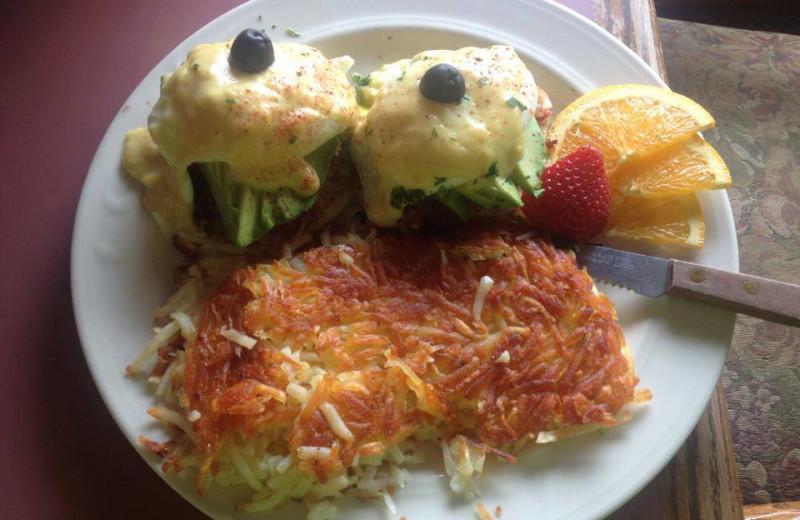 Breakfast at Marianis Inn.