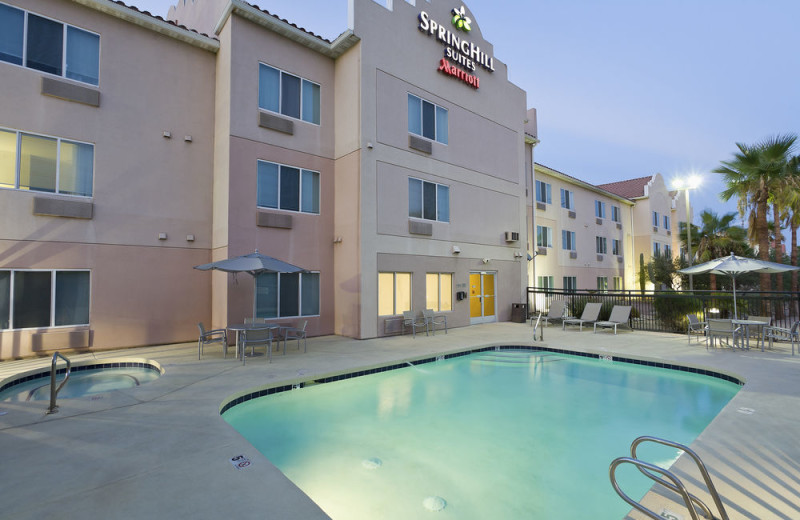 Outdoor pool at SpringHill Suites Phoenix Metrocenter Mall/I-17.