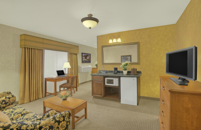 Guest room at Rushmore Express Inn & Family Suites.
