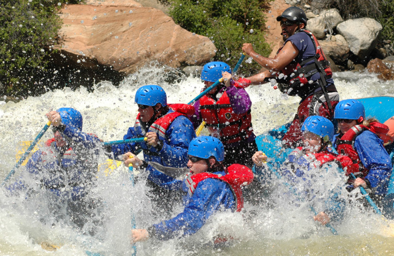 River rafting at SummitCove.
