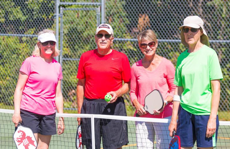 Tennis court at Ruttger's Bay Lake Lodge.