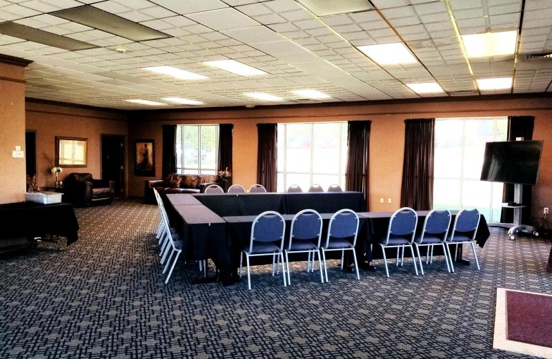 Meetings at Thousand Hills Vacations.