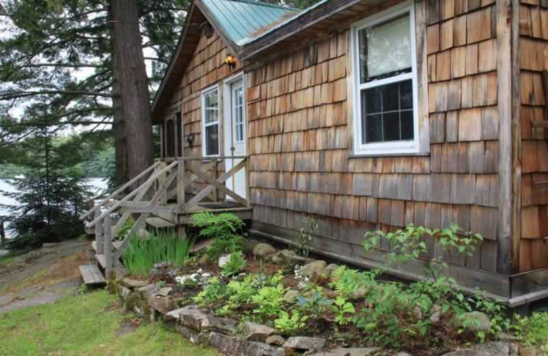 Cabin exterior at Bartlett Lodge.
