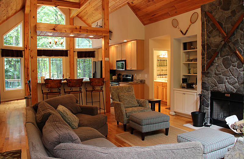 Guest house living room at Wintergreen Resort.