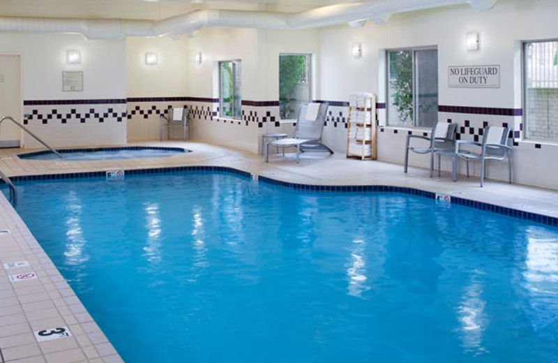 Indoor pool at SpringHill Suites Frankenmuth.