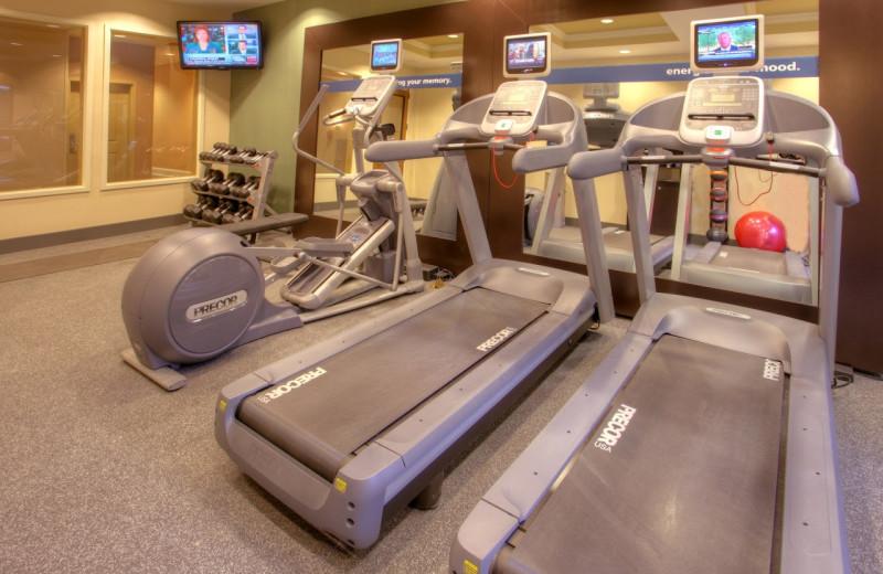 Fitness  center at Hampton Inn & Suites Jekyll Island.