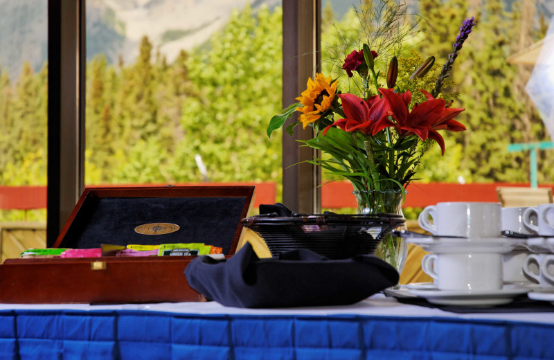 Tea at Inns of Banff.