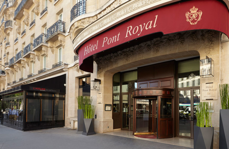 Exterior view of Hotel Pont Royal.