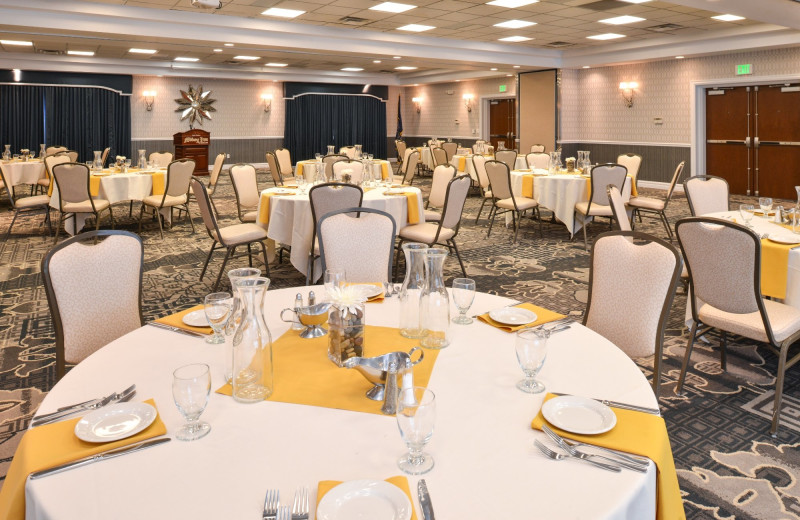 Weddings at The Best Western Abbey Inn Hotel.