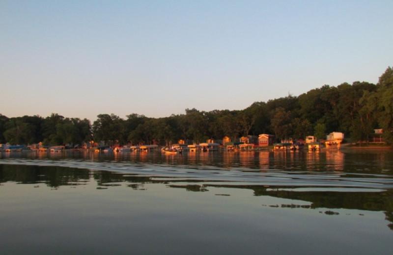 Exterior view of Timberwoods Resort.