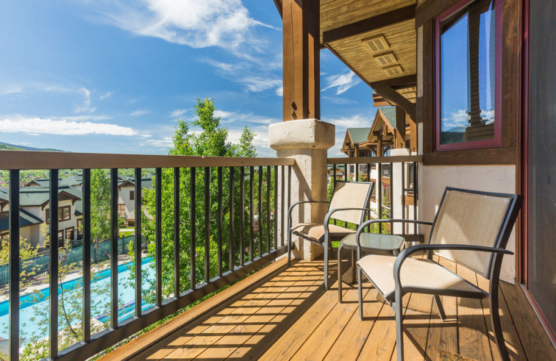Rental balcony at EagleRidge Lodge.