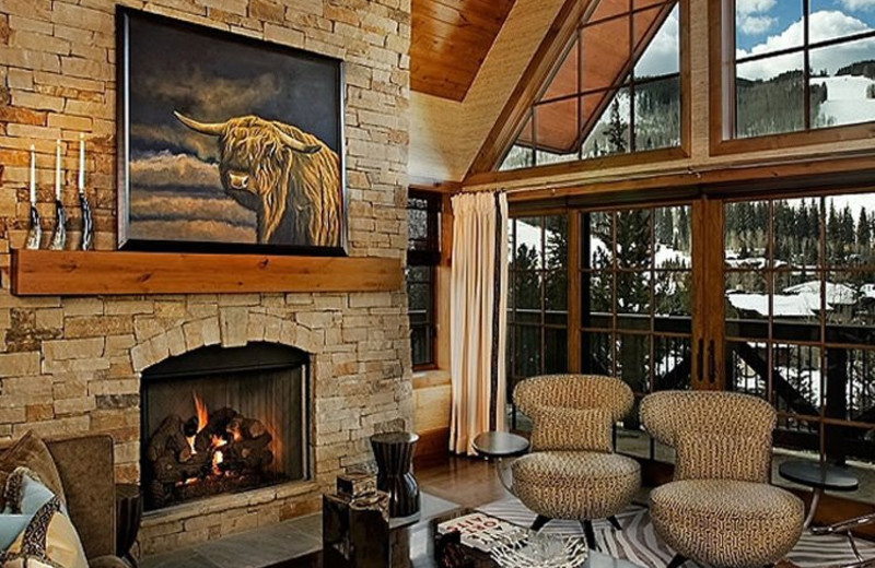 Rental Home Sitting Room at Triumph Mountain Properties